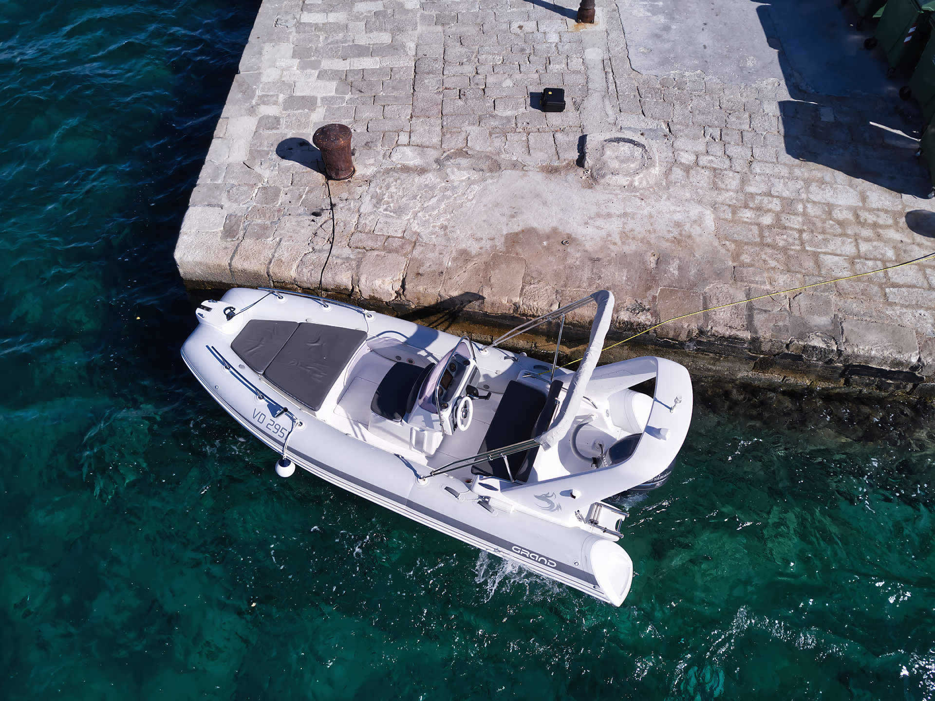 Rent a Boat RIB Tribunj Grand 550