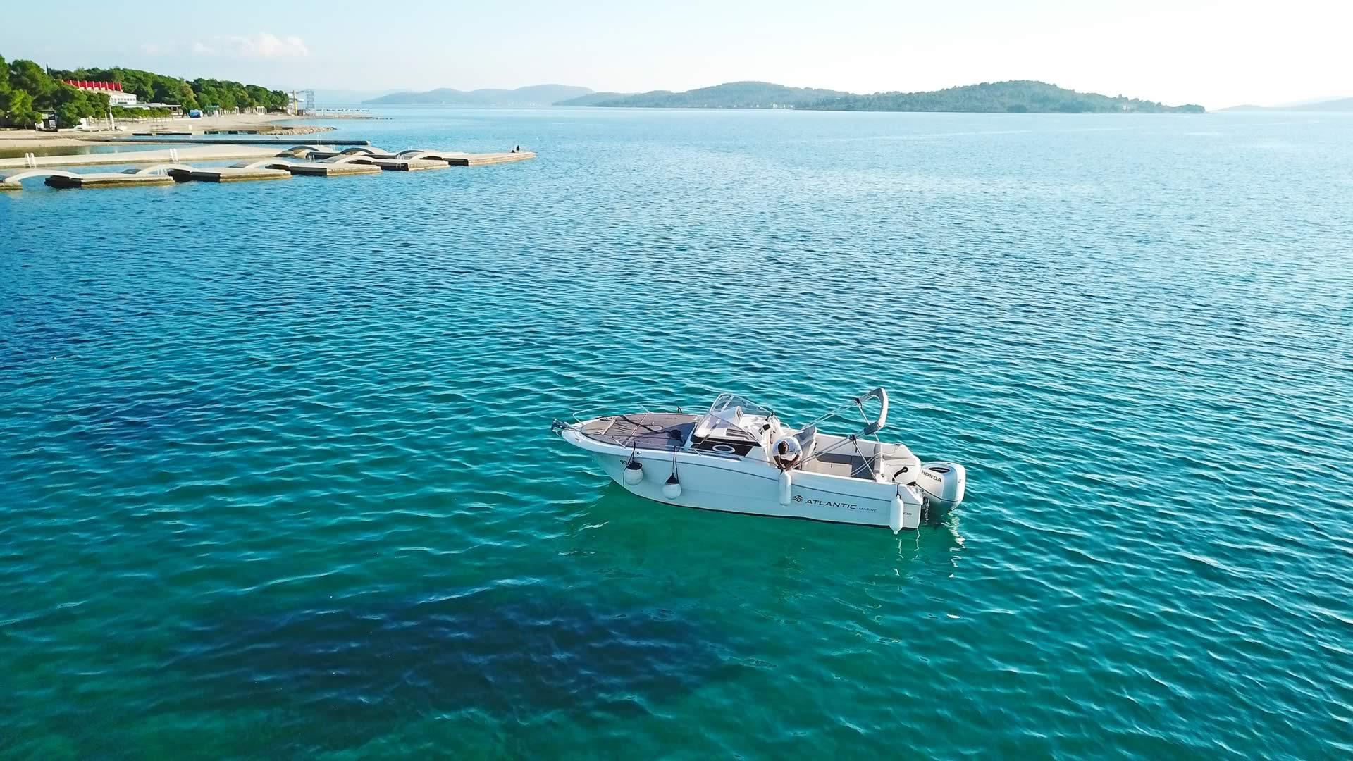 Sportboot mieten in Kroatien - Atlantic 730 CCC Sun Cruiser - Vodice