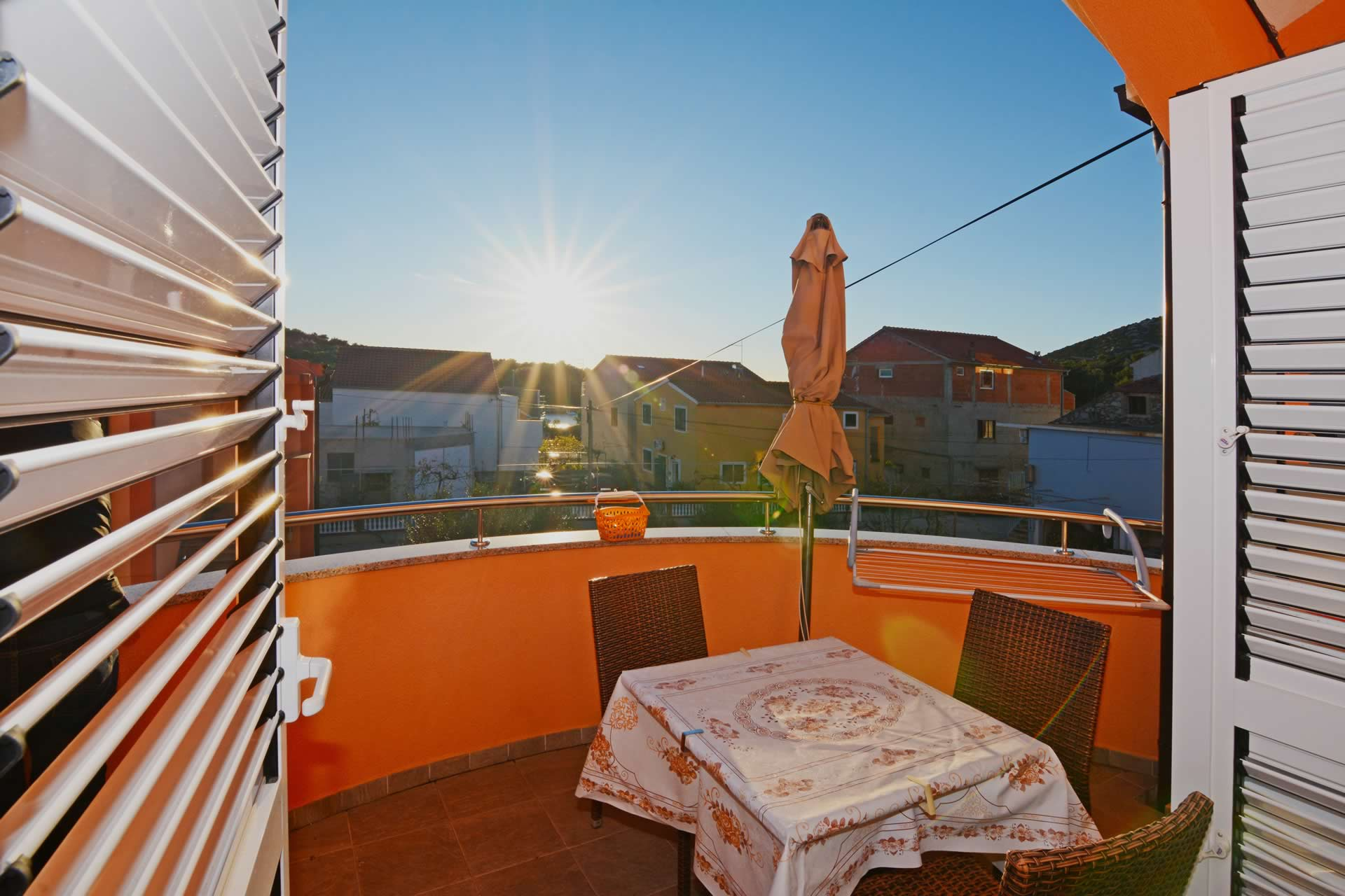 Ferienwohnungen und Apartments für Ihren Bootscharter, Bootsurlaub mit Bootsanleger, Bootsliegeplatz