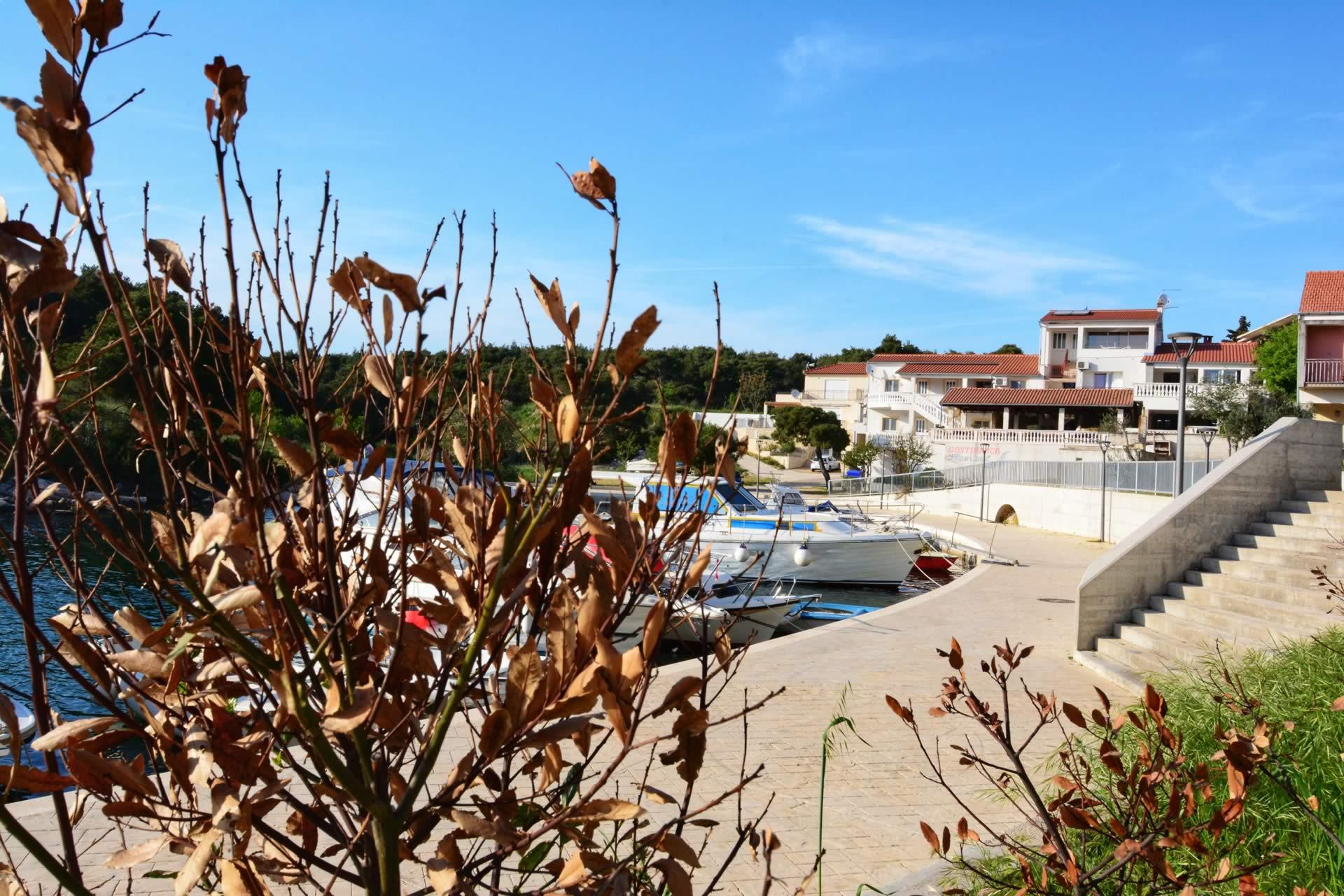 Kroatien Apartment mit Boot