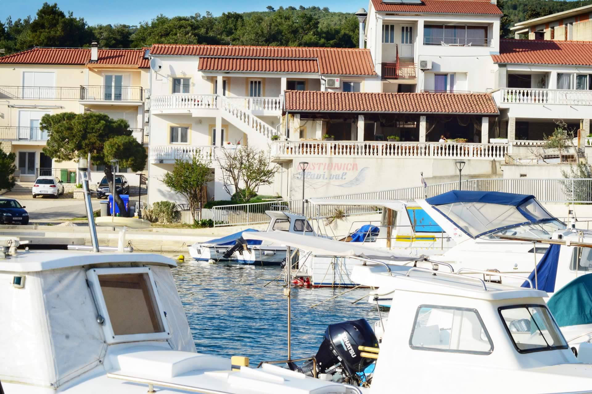 Kroatien Ferienwohnung mit Boot