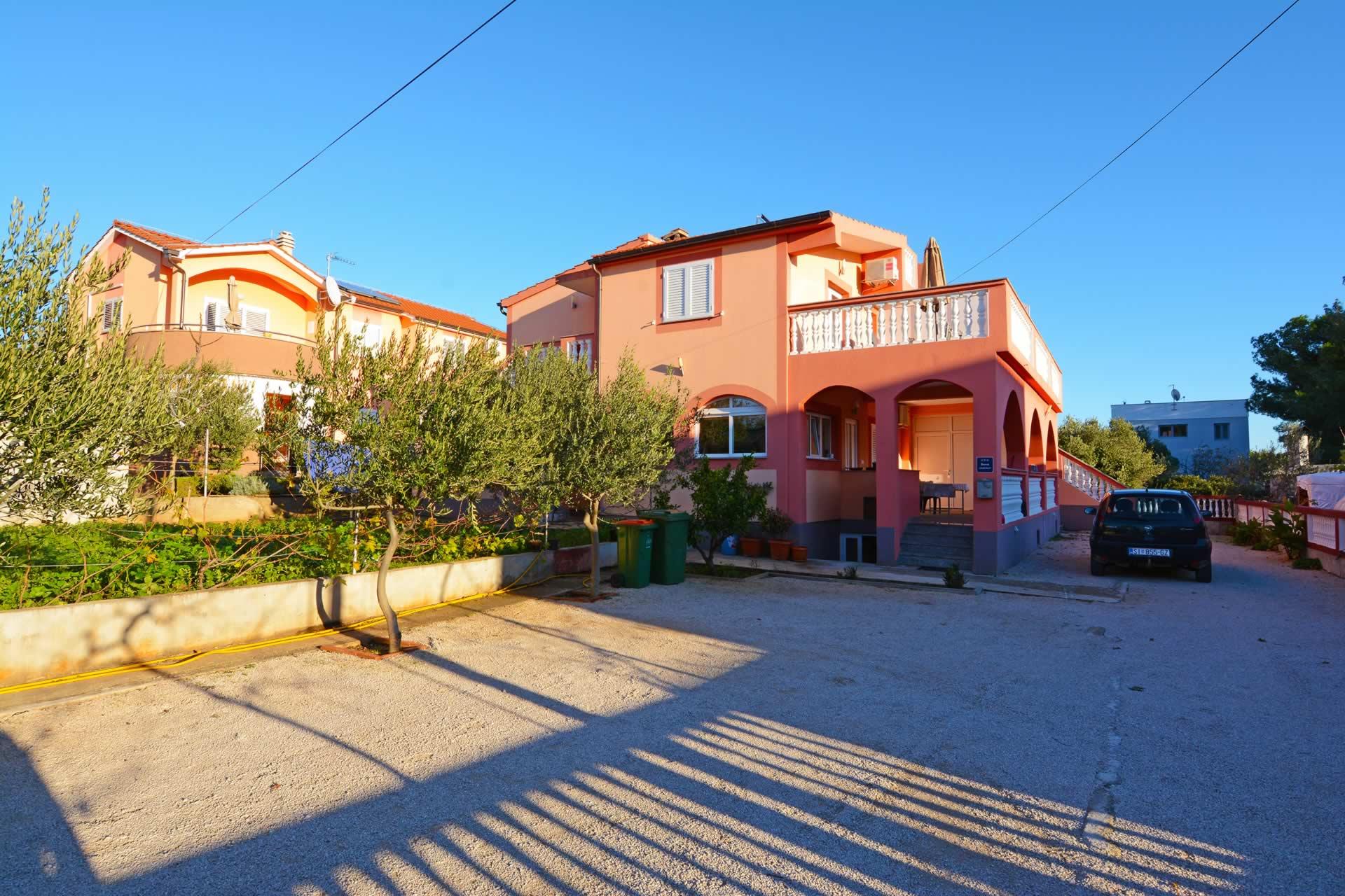 kroatien ferienwohnung mit bootsanleger