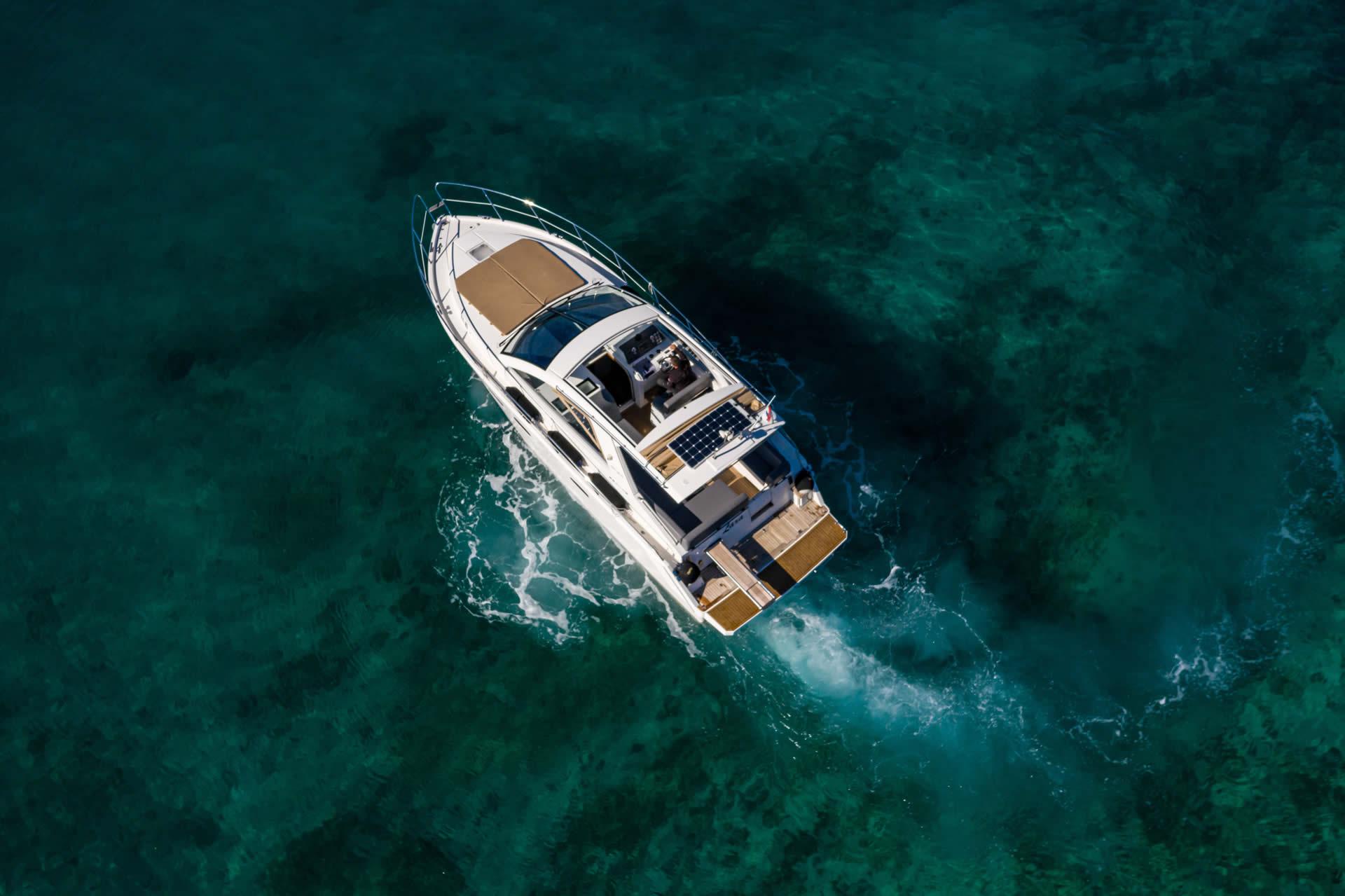 Kroatien Motorboot Charter Sealine Sc 35 - Lara
